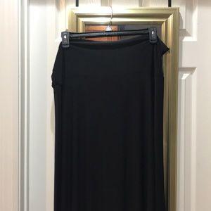 LulaRoe black Maxi skirt
